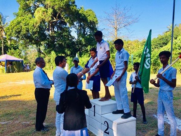 prijzen sportwedstrijd worden uitgereikt
